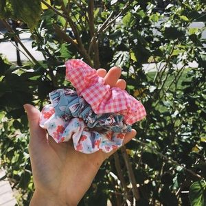 valentine's day bunny floral scrunchie set